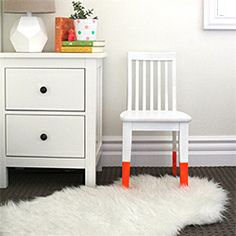 quick and easy way to update a classic chair or create a fun paint effect on one that needs a makeover.