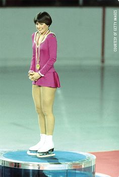 Dorothy Hammil's story of battling cancer and osteoarthritis...and moving on to help others in her post-skating career.  Online now at www.painpathways.org   #cancer #osteoporosis #iceskating #chronicpain #dorothyhamill Rheumatoid Arthritis Treatment, Arthritis Relief, Ice Skating, Figure Skating, Sandy Mandy, Dorothy Hamill, Tv Moms, Patty Duke, Cheryl Ladd