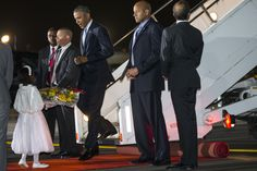 Obama arrives in Kenya via @AOLLifestyle Read more: http://www.aol.com/article/2015/07/24/obama-dines-with-kenyan-family-after-arriving-in-fathers-homela/21213810/?a_dgi=aolshare_pinterest#slide=3559708|fullscreen