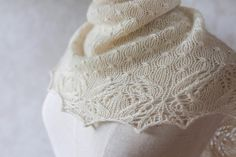The Puaka Shawlette (Māori for flower) is an elegant, seemingly ethereal, and delicate shawlette. A bud-like stitch pattern creates an interesting texture over the stockinette and a Japanese lace pattern borders the edge of the shawlette for a delicate finish. Wear it draped over your shoulders, or wrapped closed to the neck paired with a shawl pin, this stunning project will be sure to impress.