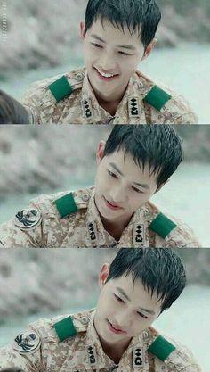 Yoo Shi-jin Song Joong-ki Descendants of the sun Song Joong Ki Cute, Soon Joong Ki, Decendants Of The Sun, Les Descendants, Sun Song, A Werewolf Boy, Songsong Couple, Park Bo Gum, Song Hye Kyo