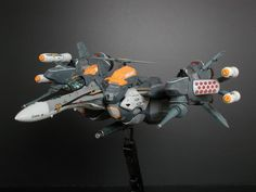 vf-25 armored messiah