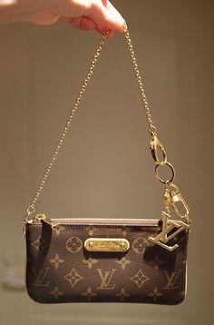 #Louis #Vuitton #Milla clutch bag, сумки модные брендовые, bags lovers, http://bags-lovers.livejournal