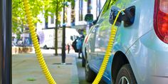 New Data Shows Auto Industry Failing to Advertise Electric Cars