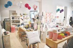 L'adresse de la semaine : Cosi Loti ♥L'adresse de la boutique Cosi Loti: 21 Rue Houdon 75018 PARIS Métro Abbesses. Il y aussi un site internet ICI ou vous pouvez voir toutes les marques :)