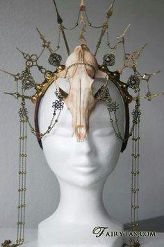 Skull headdress by Fairytas