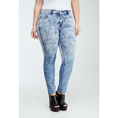 Forever 21 Plus Women's  Plus Size Mineral Wash Skinny Jeans ($30) ❤ liked on Polyvore featuring jeans, bottoms, blue skinny jeans, light weight jeans, plus size skinny jeans, forever 21 jeans and plus size jeans