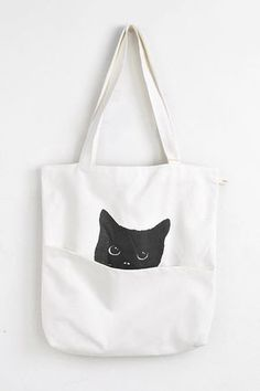 Cute Cat Tote from BRAVE x Use teaboxes for a discount Sacs Tote Bags, Canvas Tote Bags, Sac Halloween, Cat Bag, Fabric Bags, Shopper Tote, Cotton Bag, Cloth Bags, Handmade Bags