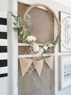 How to transform hula hoops into dreamy decorative wreaths! hula hoop decorate diy decoration wreath nature The decoration of the house is like an exhibition space that reveals our. Handmade Home Decor, Diy Home Decor, Decor Crafts, Embroidery Hoop Decor, Diy Embroidery, Large Embroidery Hoop, Embroidery Designs, Deco Champetre, Fleurs Diy
