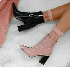 Trendy Dress Pink And Black Heels Ideas Dr Shoes, Sock Shoes, Me Too Shoes, Shoe Boots, Shoes Heels, Pumps, Dress Boots, Pretty Shoes, Cute Shoes