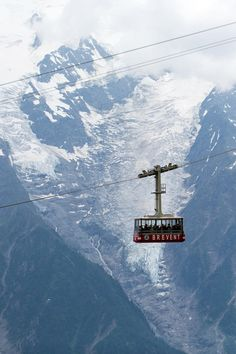 Chamonix, France - Cable car to Mont Blanc Oh The Places You'll Go, Places To Visit, Beautiful World, Beautiful Places, Chamonix Mont Blanc, Rando, Ski Holidays, Voyage Europe, French Alps