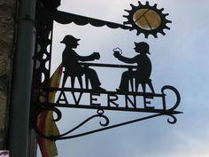 une taverne,  Villefranche de Conflent, France