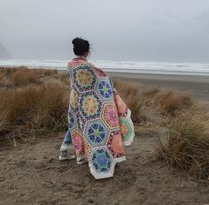 Persian blanket pattern by Jenise Reid: get it at LoveKnitting! Knitting Projects, Crochet Projects, Knitting Patterns, Crochet Patterns, Knitted Afghans, Knitted Blankets, Crochet Home, Knit Crochet, Hexagon Crochet