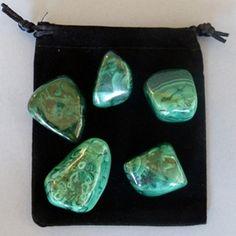 BOLSA DE RODADOS DE MALAQUITA| Gemoterapia, tratamientos alternativos con minerales, propiedades terapéuticas de las piedras :: Minerales Berkano