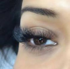These eyelash extensions are beautiful. I love how fluffy they look! I also love how it gets longer as you get to the outside corner. It looks like a cat eye style! I want to get eyelash extensions for my upcoming cruise because they are waterproof, and I wouldn't have to worry about putting mascara on! #EyelashExtensionsAftercare #HowToApplyMascara #EyelashExtensionsNatural