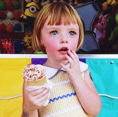 instagramで発見した天使すぎる女の子に注目!金髪ボブにブルーの瞳...おまけにとってもおしゃれさん♡お人形さんかと思っちゃうくらい可愛い女の子「Olive」の魅力に迫ります。instagramに投稿された彼女の写真に思わずきゅんきゅんすること間違いなし♭