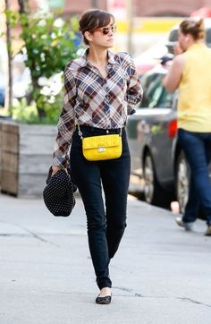 Plaid shirt, high wasted skinnies, pin dot cardigan and statement mini bag. obsessed.