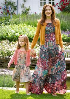 Mary Donaldson forvandling (© Foto: Stella Pictures) Crownprincess Mary and Princess Isabella