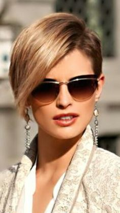 Very chic short cut