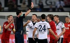 Tin Jedvaj brutalnie sfaulował Kirchhoffa • Czerwona kartka dla Jedvaja • Bundesliga • Bayer Leverkusen vs Schalke Gelsenkirchen >>