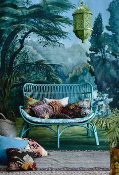 accumulation en decoration | Une jungle tropicale dans son salon | Décosphère