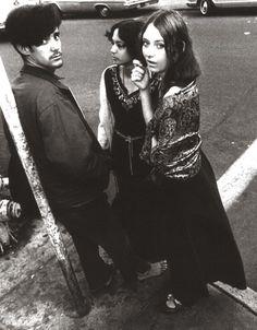 1966 Haight and Ashbury corner