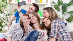 Helping your teen develop healthy coping skills for life: real tips for positive coping & successful parenting Coping Skills, Social Skills, Life Skills, Online Education Courses, Social Networks, Social Media, What Is Positive, Positive Feelings, Huawei P10