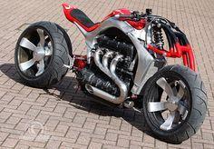 Roger Allmonds Radical Custom Triumph Rocket III