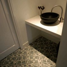 1000 images about badkamer on pinterest brand architecture art nouveau and tassels - Wc tegel ...