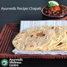 Ayurvedic Recipe: Tridoshic Chapati Chapatis are considered to be one of the nutritious yeast free flat breads which you can easily prepare at home. This strengthening and energetic roti (chapati) is one of the tridoshic foods in Ayurveda. Aryuvedic Recipes, Detox Recipes, Indian Food Recipes, Whole Food Recipes, Vegan Recipes, Cooking Recipes, Ayurveda Vata, Ayurvedic Healing, Ayurvedic Diet