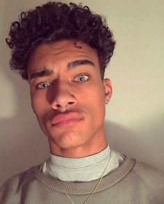 Black Men Haircuts, Black Men Hairstyles, Trendy Haircuts, Messy Hairstyles, Guy Haircuts, Short Haircuts, Boys With Curly Hair, Black Curly Hair, Curly Hair Cuts