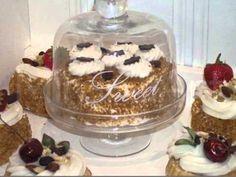 Cupcakes gebakjes van zoutdeeg bread dough ornaments for Decoratie nep snoep