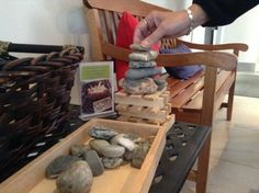 Hawkins Learning can you build a structure that balances with many rocks? - Louise Jupp ≈≈