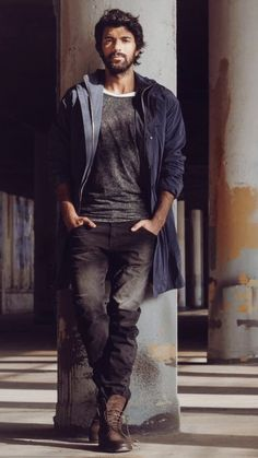 Engin Akyürek Turkish Men, Turkish Beauty, Turkish Actors, Actors Male, Actors & Actresses, Jennifer Winget Beyhadh, Photography Poses For Men, Actrices Hollywood, Hollywood Actor