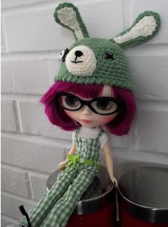 Free Blythe Hat Pattern by EssHaych, via Flickr