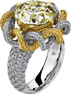 Lili Jewelry Meteor Cut diamond ring