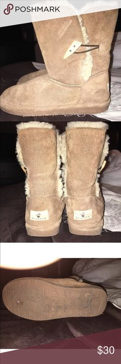 Bear paw size 6 brown boots Bear paw brown boots size 6 good  great condition BearPaw Shoes Ankle Boots & Booties