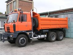 TATRA Mack Trucks, Tow Truck, Buses, Cars And Motorcycles, Techno, Classic Cars, Track, Orange, Vehicles