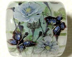 """Sumi-e Paeony Flower & Butterfly"" ~ ""Tonbodama"" glass beads by Ayako Hattori, a glass bead artist, living in Nagoya City."
