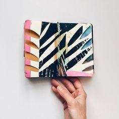 Here's to new beginnings #art #artwork #artofvisuals #artcollective #visualsoflife #newyear #contemporaryart #inspiration #instaart #abstractart #sketchbook #drawing #design #mixedmedia #collage #natureinspired #color #beauty #creative #illustration #pattern