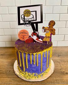 8th Birthday, Birthday Cakes, Birthday Gifts, Birthday Parties, Kobe Bryant Birthday, Poker Cupcakes, No Bake Cake, Cake Ideas, Ash