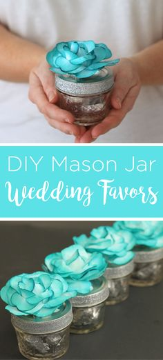 Make these mason jar wedding favors in minutes with just a few supplies! They are simple and will look gorgeous at your wedding or bridal shower! Wedding Favor Crafts, Mason Jar Wedding Favors, Mason Jar Gifts, Mason Jar Candles, Bridal Shower Favors, Mason Jar Diy, Scented Candles, Clay Pot Crafts, Jar Crafts