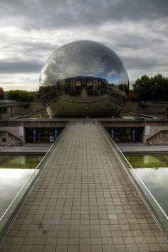la Geode Imax Modern Paris