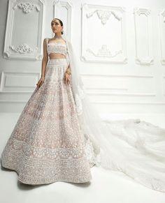 Indian Wedding Gowns, Asian Wedding Dress, Indian Bridal Lehenga, Indian Gowns Dresses, Indian Bridal Outfits, Indian Bridal Fashion, Indian Bridal Wear, Indian Fashion Dresses, Wedding Lenghas