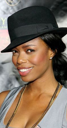 """Actress Jill Marie Jones is best known for her role as Antoinette """"Toni"""" Childs-Garret on the UPN comedy series, Girlfriends. She later appeared on Facts About Actress Jill Marie Jones You Might Not Know /via On The Black List Black Actresses, Actors & Actresses, Girlfriends Tv, Love Girlfriend, Professional Dancers, Beautiful Black Women, Beautiful Ladies, Beautiful People, Celebrity Look"""