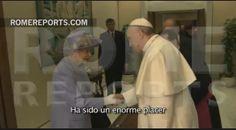 Francisco se reúne con Isabel II de Inglaterra. Le da un regalo para su bisnieto http://www.romereports.com/pg156319-francisco-se-reune-con-isabel-ii-de-inglaterra-le-da-un-regalo-para-su-bisnieto-es
