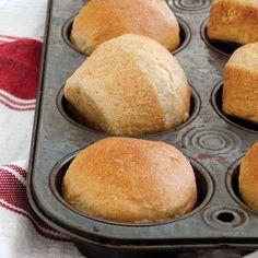 Make-Ahead Honey Wheat Rolls Polek Polek Jordan Bread Recipes, Crockpot Recipes, Baking Recipes, Healthy Recipes, Bread Bun, Bread Rolls, Yeast Bread, Fresh Bread, Sweet Bread