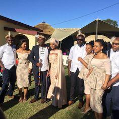 Jabu & Thabani's Gorgeous Zulu Wedding - South African Wedding Blog Zulu Traditional Wedding Dresses, Traditional Wedding Decor, African Traditional Dresses, Zulu Wedding, Wedding Blog, Wedding Photos, Wedding Things, Wedding Ideas, South African Weddings
