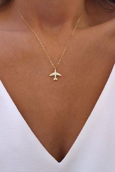 Gold Airplane Necklace - Gift For Traveler - Pilot Necklace - World Traveler - Wanderlust Jewelry - Jet Necklace - Bon Voyage Gift Dainty Diamond Necklace, Diamond Choker, 14k Gold Necklace, Diamond Pendant, Diamond Earrings, Emerald Diamond, Diamond Jewelry, Unique Earrings, Vintage Earrings