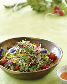Microgreens with Strawberry-Lime Vinaigrette  Vinaigrette  1 ½ cups diced strawberries  2 Tbs. white balsamic vinegar  1 tsp. pure maple syrup  2 tsp. lime juice  3 Tbs. olive oil